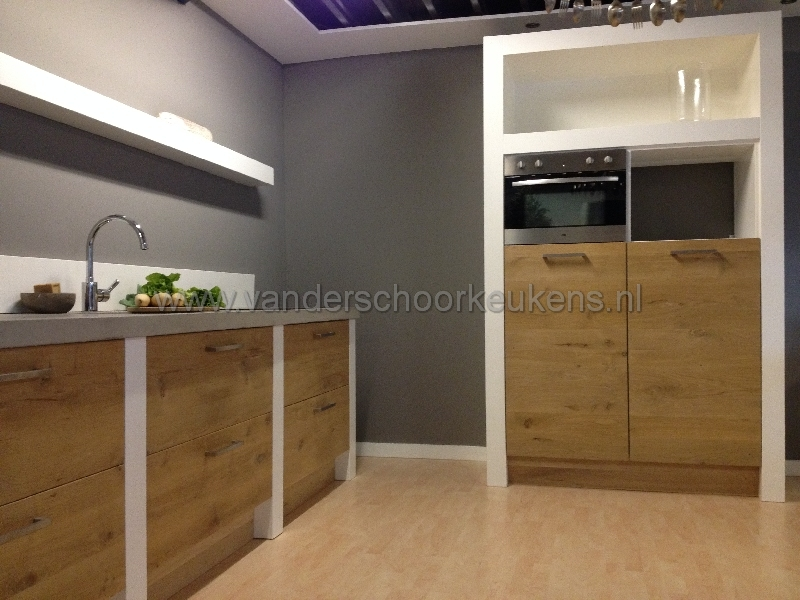Modern / landelijke strakke keuken